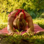 Stressinhallintaa rentoutumisen keinoin Aulangolla.